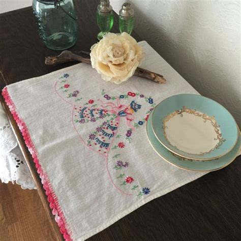 1000 ideas about vintage table linens on