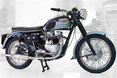 Triumph Motorrad by Triumph Bonneville