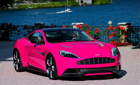 中華車庫 China Garage We Just Love Cars Pink Aston Martin