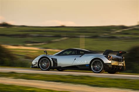 pagani huayra pagani huayra bc unveiled photos 1 of 14