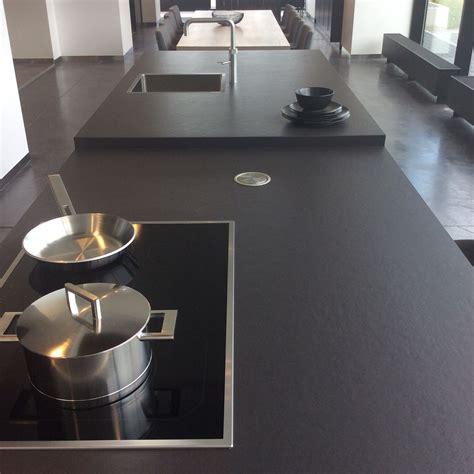 top küche countertops dekton sirius cosentino kitchens