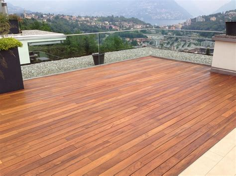 pavimentazione terrazzo progetto terrazzo in teak idee parquettisti