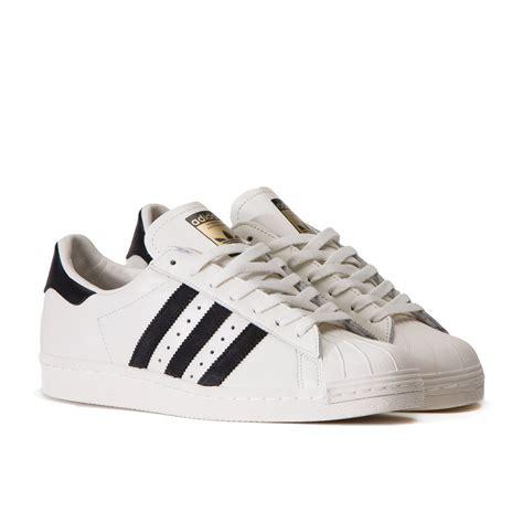 Adidas Superstars adidas superstar 80 s dlx vintage white black