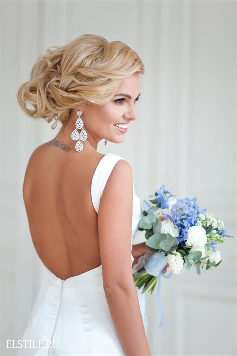 Wedding Hair With Dress by 45 Wedding Hairstyles With Flower Crowns For Your