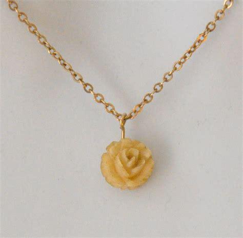 krementz pendant necklace vintage ivory by