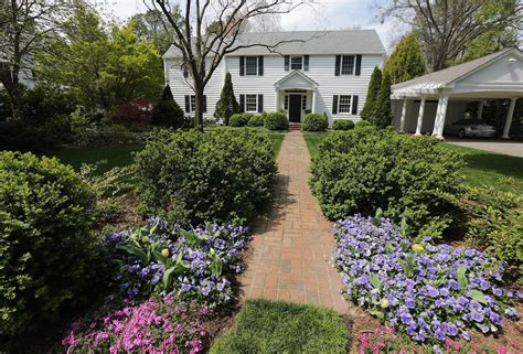 Historic Garden Week by Historic Garden Week Locals Open Gardens Homes To