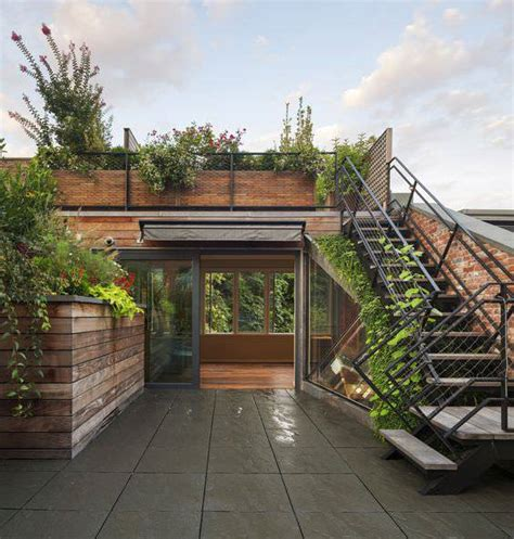 modern townhouse design with rooftop garden by brett 24 townhouse garden designs decorating ideas design