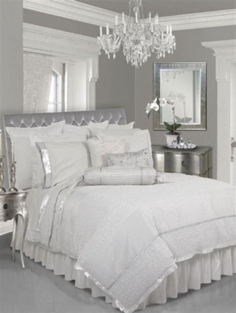 silver and white bedroom designs 25 best ideas about silver bedroom on silver