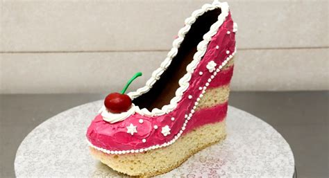 How To Make A Birthday Cake Out Of Paper - pinktastic saturday shoe cake talking with tami