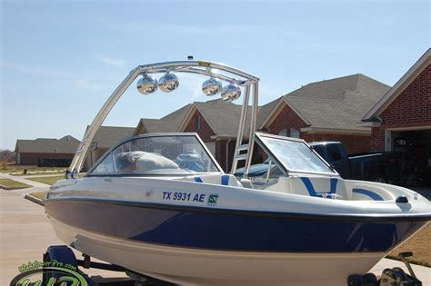 rinker boats vs bayliner wakeboard tower boat tower waketower speakers pontoon