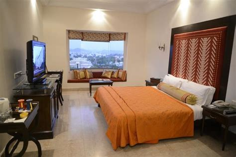 Deluxe Valley View Room   Picture of The Lalit Laxmi Vilas