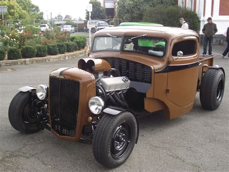 photos of hot rod trucks 1948 morris commercial hot rod truck and as they say