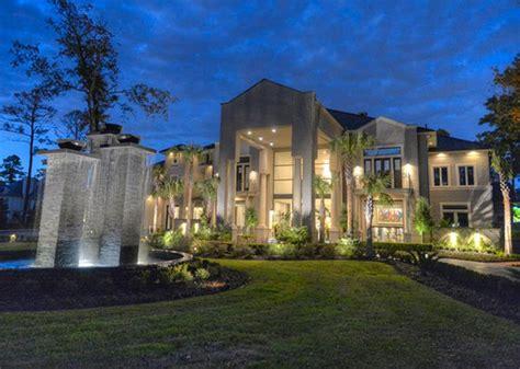 Million Dollar Listings: Stylish Texas Mansion   Homes.com