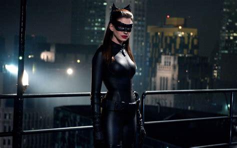 wallpaper batman catwoman catwoman the dark knight rises wallpaper