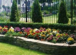 raised flower beds for the yard or garage