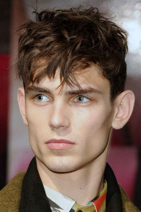 cutting flip bangs for boys 30 best ways to style the man fringe