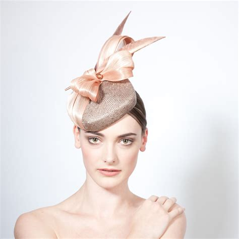 Wedding Hairstyles For Hats by How To A Wedding Hat Guide To Wedding Guest Hats