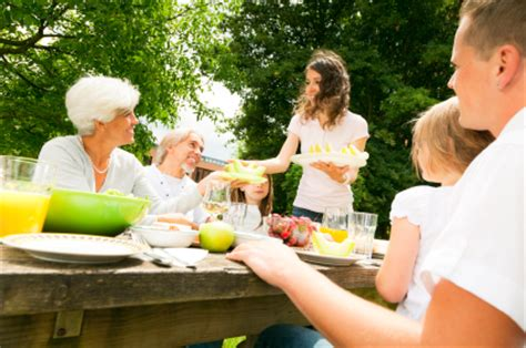 out door entertaining can make any size there great outdoor summer party planner 10 to 100 guests kenmore