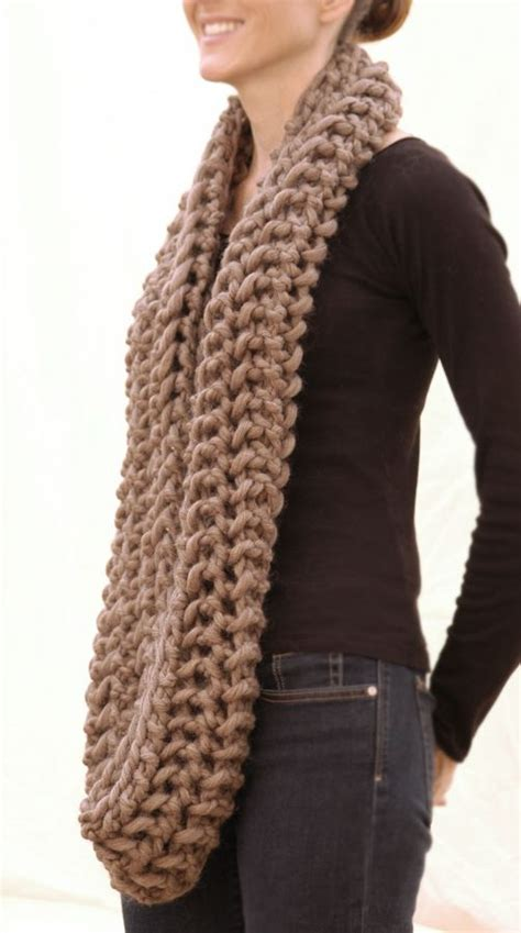 show me how to knit a scarf yarns infinity scarfs and patterns on