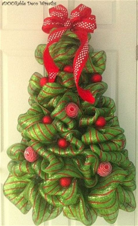 when to put deco wreath on christmas tree 50 door decoration ideas pink lover