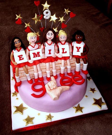 outcakes glee cake