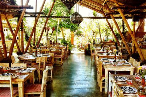 Sabut Kelapa By San House restoran la finca bali nuansa tradisional pulau dewata