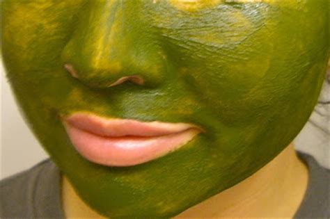 Facemask Crush Greentea green tea mask for purifying your skin mask for acne