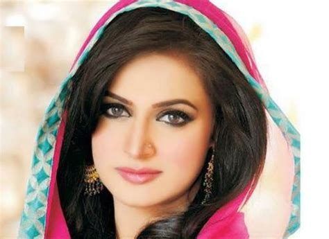 themes download pakistani pakistani drama actress noor wallpapers male models picture