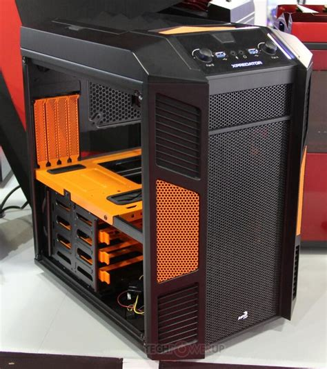 Power Cube Advance 4 Port 6a aerocool unveils xpredator cube in 5 color options