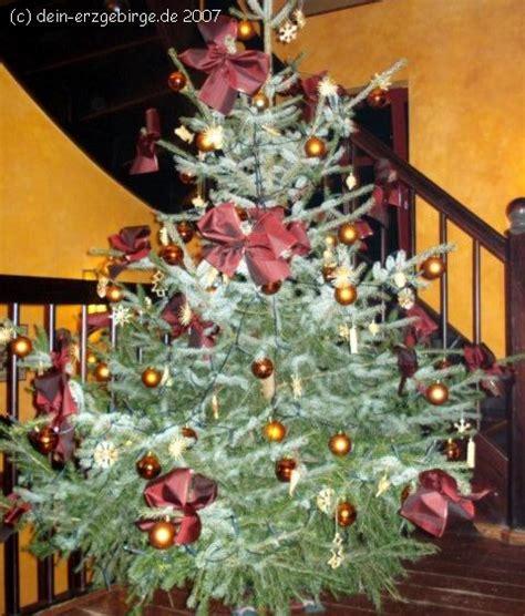 tradition weihnachtsbaum christbaum tannenbaum weihnachtsbaum im erzgebirge