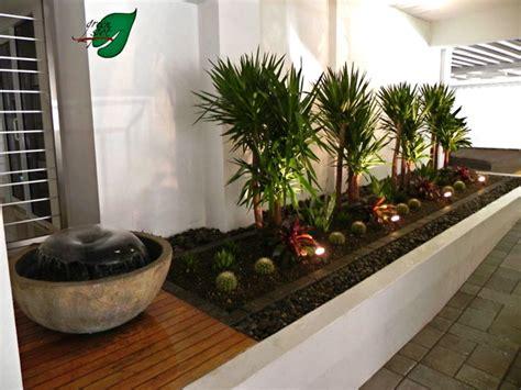 plantas para patio interior dise 241 os jard 237 n en zonas tropicales interiores patio