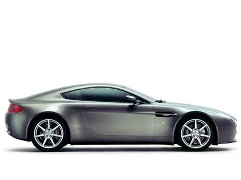 2006 Aston Martin V8 Vantage by 2006 Aston Martin V8 Vantage Side 1920x1440 Wallpaper