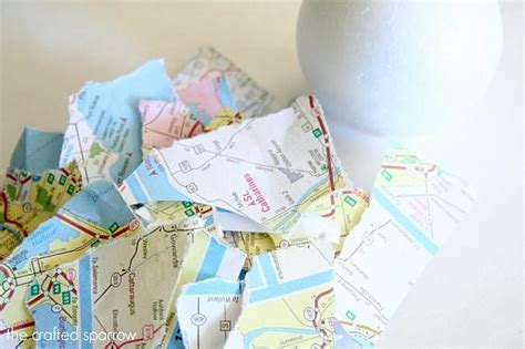 Decoupage Map - decoart crafts decou page decorative map balls