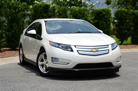 2013 Chevrolet Volt Review by 2013 Chevrolet Volt Chevy Review Ratings Specs Prices
