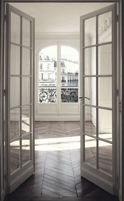 A Witty Entrance In A Parisian Apartment by 25 Best Ideas About Doors On