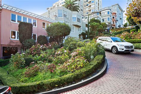 lombard street houses house of the week a pink mansion on san francisco s famous crooked street