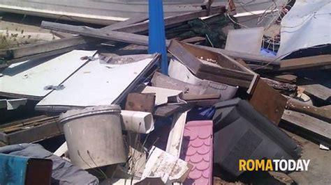 sede protezione civile roma discarica davanti sede protezione civile fiumicino
