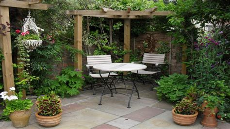 Small Courtyard Garden Design Ideas Patios Designs For Small Yards