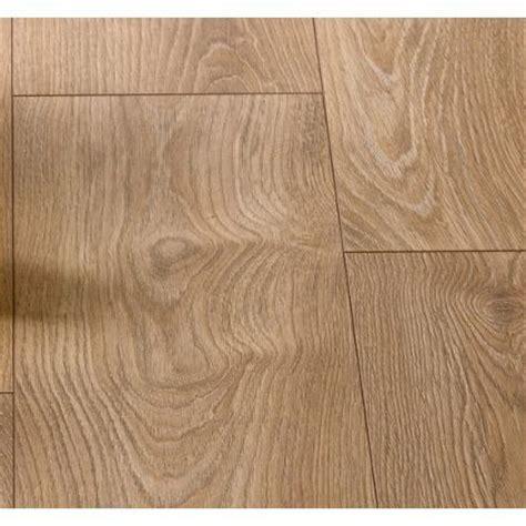 laminate flooring homebase hygena stanwick oak laminate flooring 2 13sq m per pack