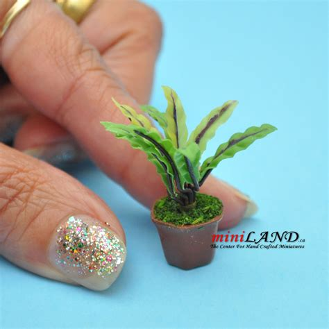 Handmade Miniatures - handmade flowers plant in terracotta pot dollhouse