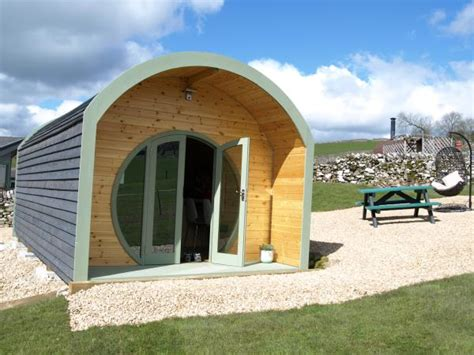 peak district self catering accommodation log cabins in
