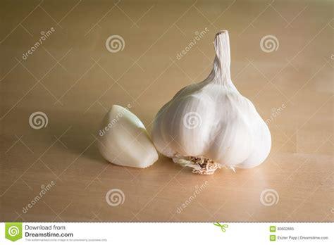 testa di aglio testa dell aglio fotografia stock immagine 83602665