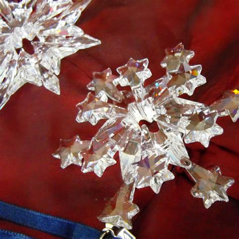 buy past or retired annual swarovski snowflake christmas