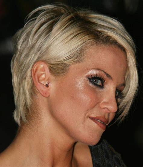 short hairstyles for women over 40 with thin fine hair and round fat face 14 fabulous short hairstyles for women over 40 pretty