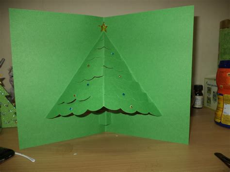 3d Decorations To Make Out Of Paper - 3d pop up tree card allfreechristmascrafts