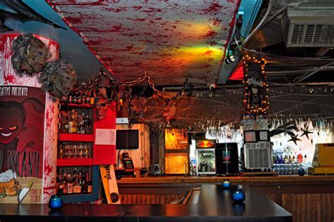 halloween themes for a bar credit scare a chicago bar gets bullish on halloween