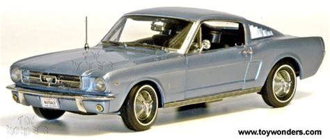 Ertl Authentics American 1965 Ford Mustang Gt 2 2 Fastback 1965 ford mustang 2 2 fastback top by rc2 ertl authentics 1 18 scale diecast model car
