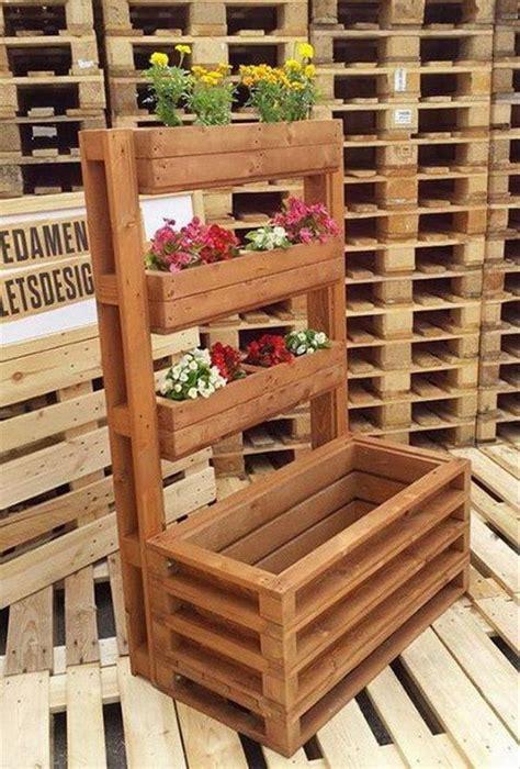 como hacer muebles con reciclado apexwallpaperscom jardines verticales hechos con palets de madera outdoors