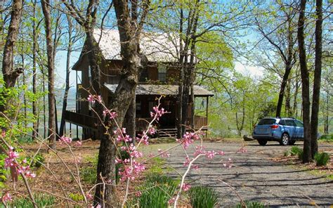 Mt Petit Jean Cabins by Allens Cabin Nestled Atop Beautiful Petit Jean Mountain
