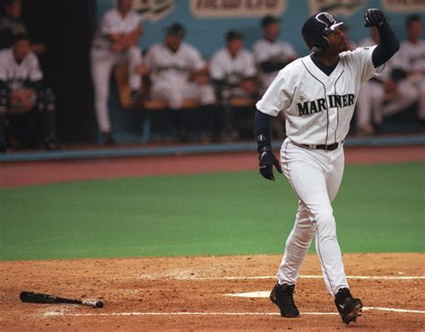 ken griffey jr swing ken griffey jr went from rising star to face of major